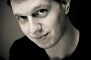 Black & white portrait of Markus Ewers